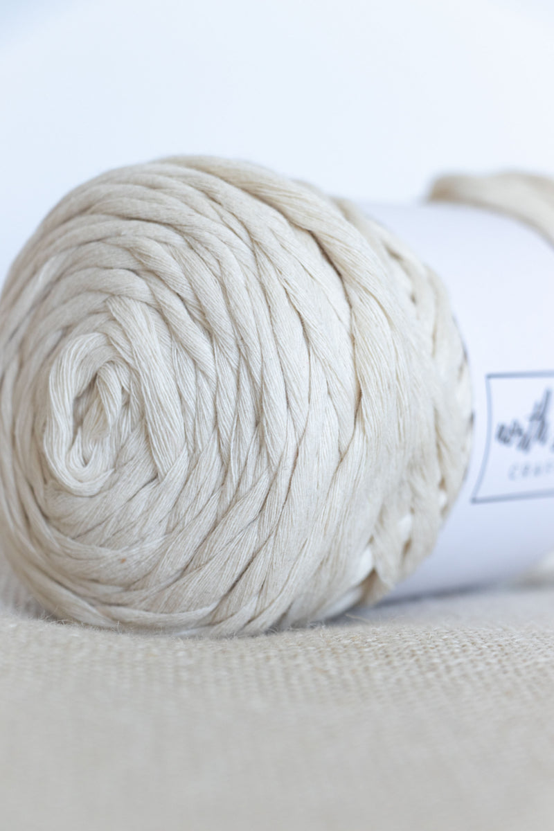 Natural cream chunky cotton yarn