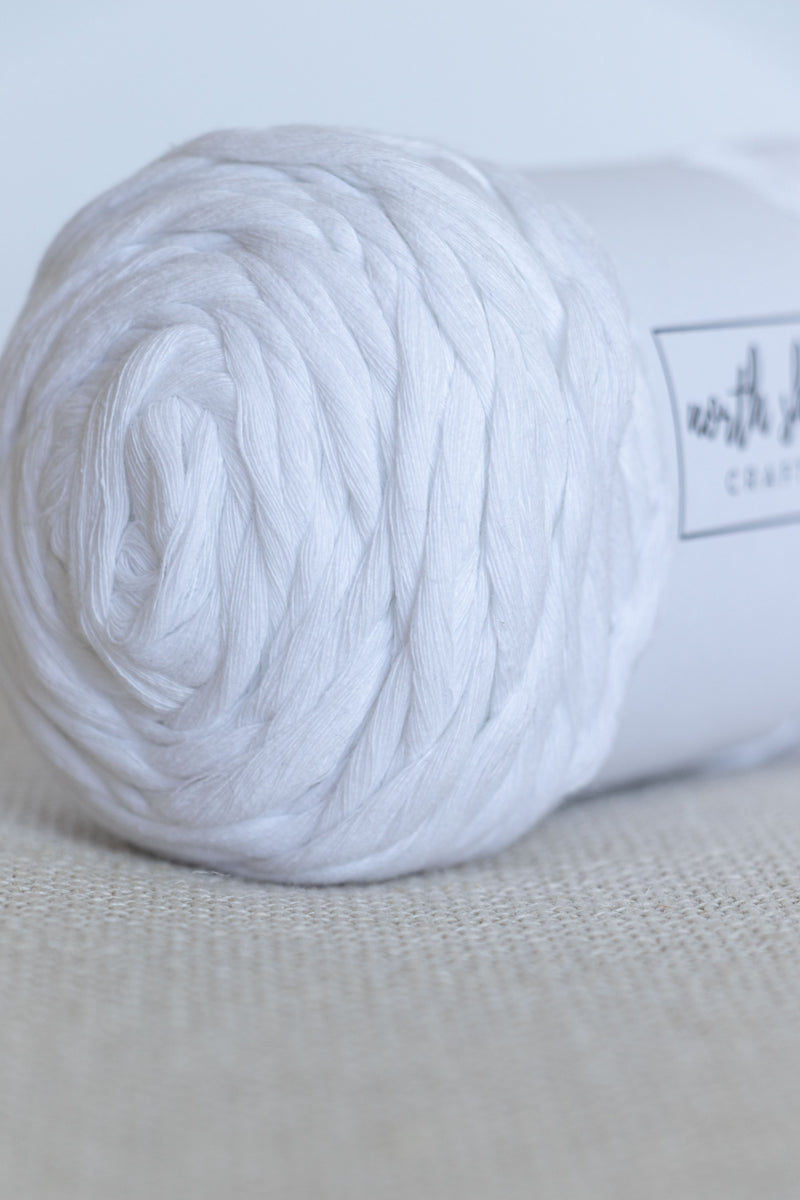 White chunky cotton yarn