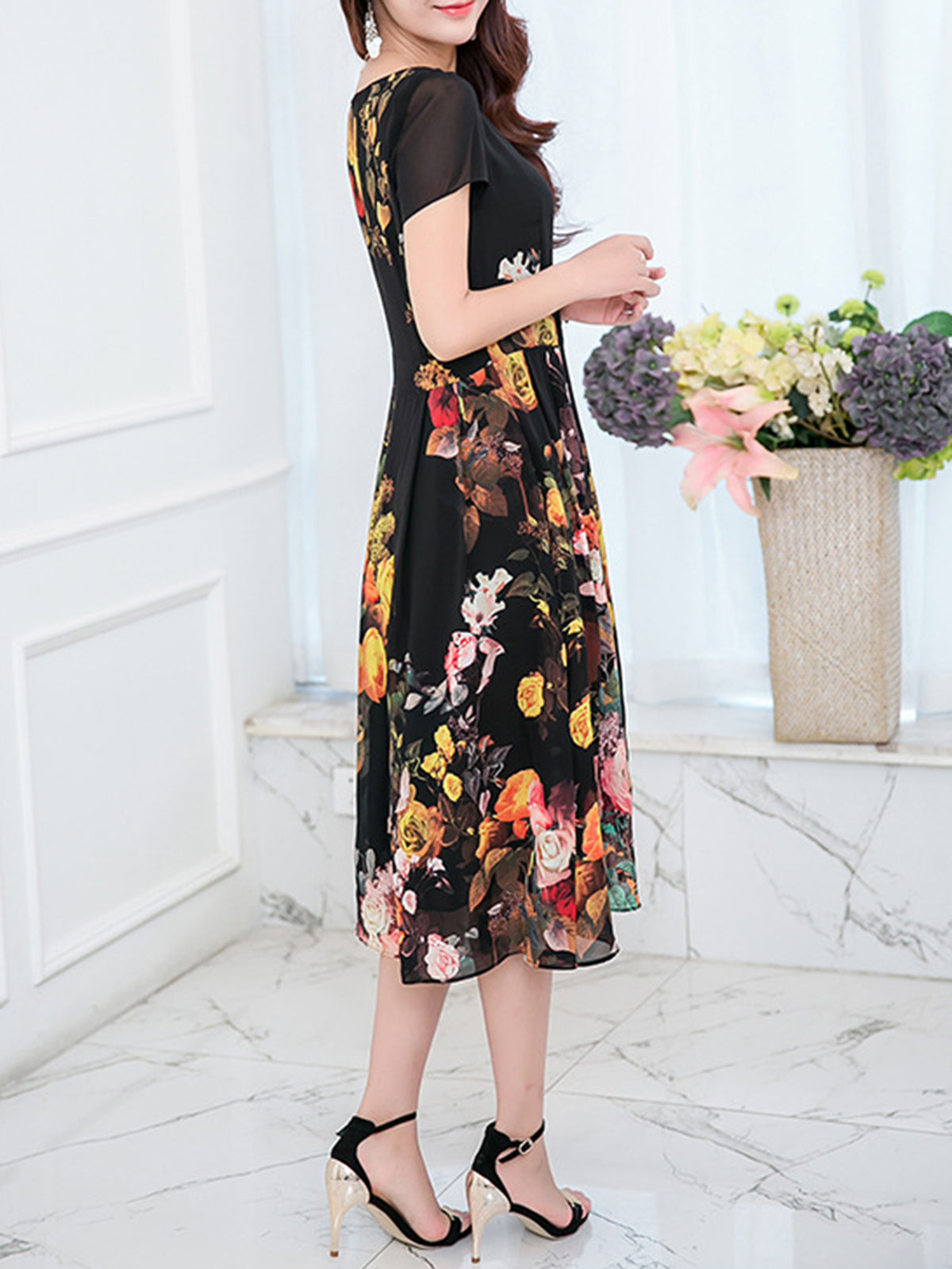 953d2b049d2d ... Load image into Gallery viewer, Chiffon Square Neck Buttoned Paneled  Printed Folds Midi Dress ...
