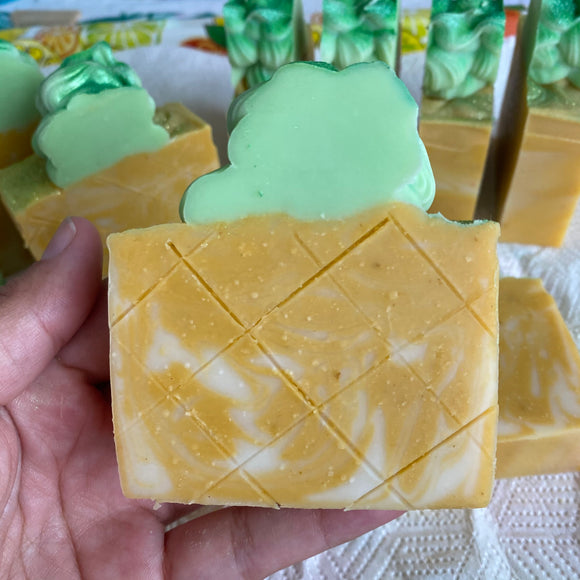 (Preorder) Pineapple soap