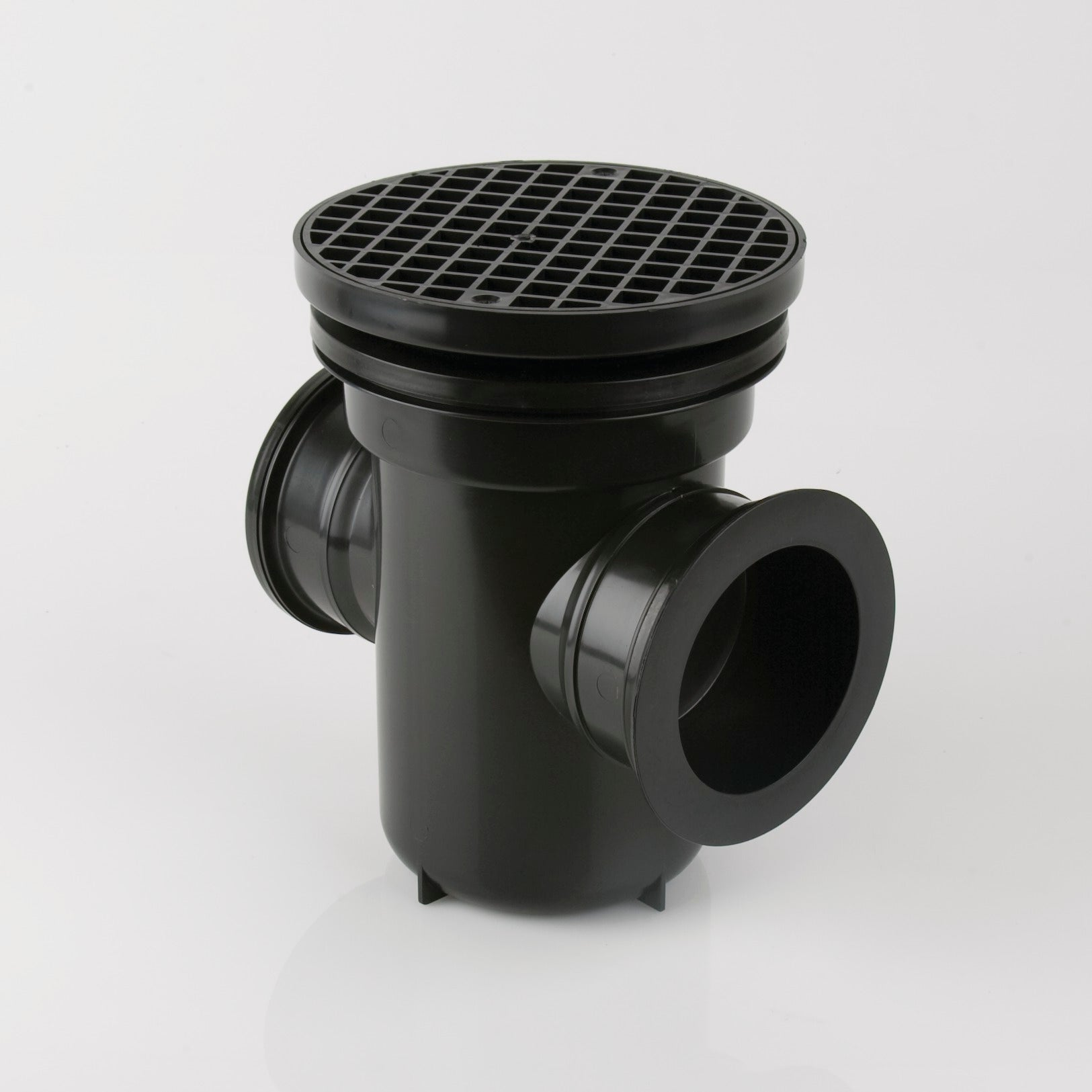 90 Degree Back Inlet Roddable Gully Outlet (Round Grid | Black)