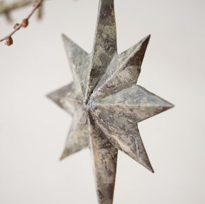 Vintage Style Star Decoration - www.proven-salle.com