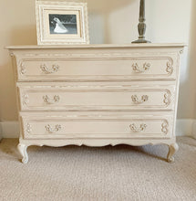 Load image into Gallery viewer, Chest Of Drawers - Country Grey