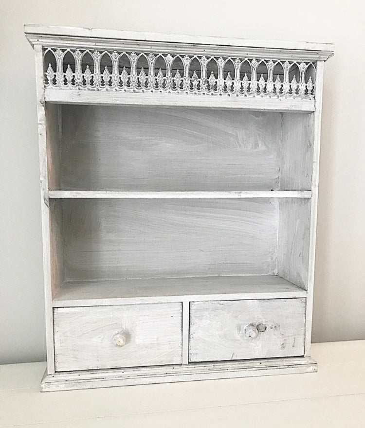 Parisian Style Wall Rack - Grey Washed - www.proven-salle.com