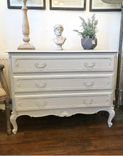 Load image into Gallery viewer, French Louis Style Chest of Drawers - Paris Grey - www.proven-salle.com