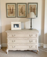 Load image into Gallery viewer, Chest of Drawers - Country Grey  - www.proven-salle.com