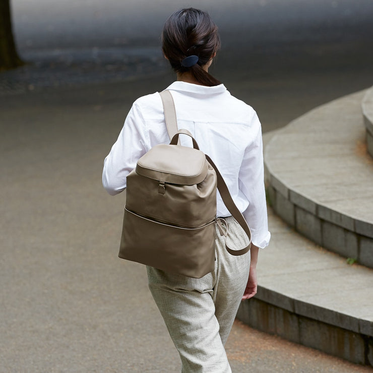 Kumorinochi-Hare Backpack M - MOTHERHOUSE