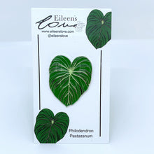 Load image into Gallery viewer, Philodendron Pastazanum Pin/Keyring