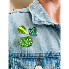 Load image into Gallery viewer, Monstera Adansonii Lapel Pin
