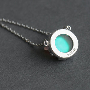 Aurora-charm-necklace-polarlights