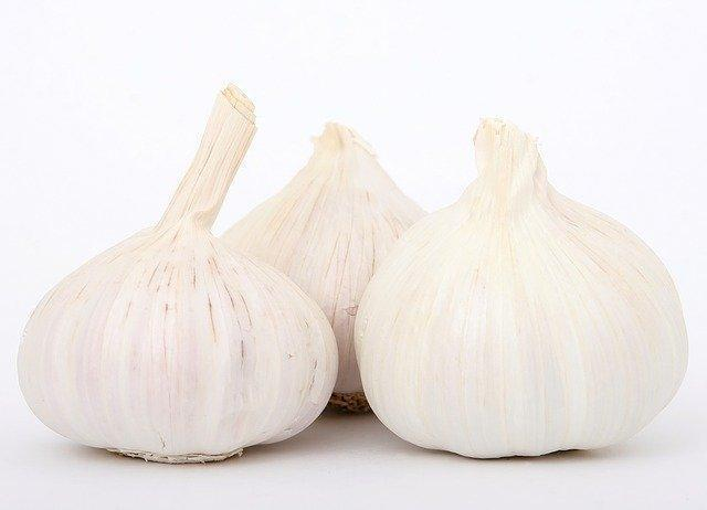 Garlic 5 Pack - $2.29 vegetable Parkesdale Market