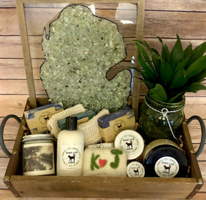"""Michigan Love"" Gift Basket"