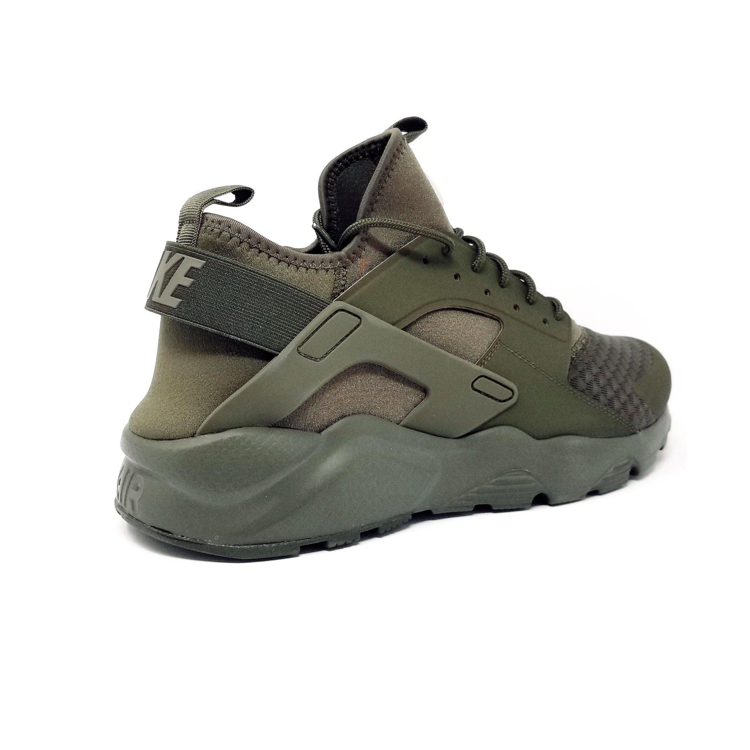 7e7fa6495cc0 Nike Air Huarache Run Ultra