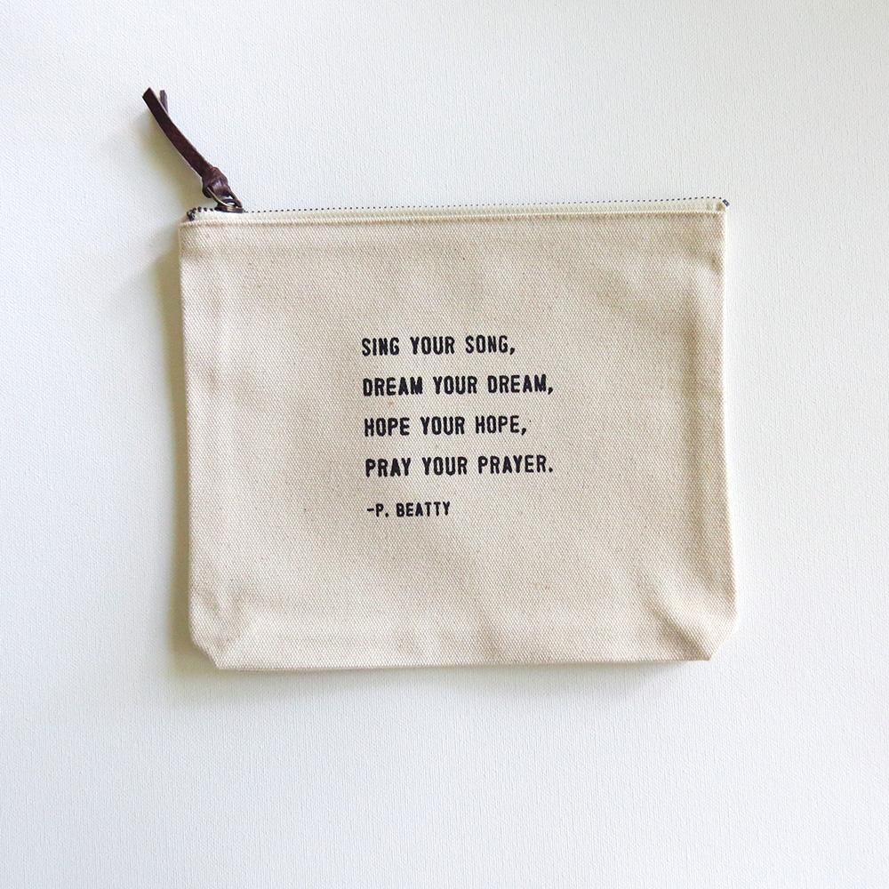 Make-up bag/Sing Your Song