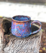 Load image into Gallery viewer, Faceted Aurora borealis N° 2 - Drippy Purple Ceramic Mug 14 oz - Hsiaowan Studios Handmade Ceramics Pottery