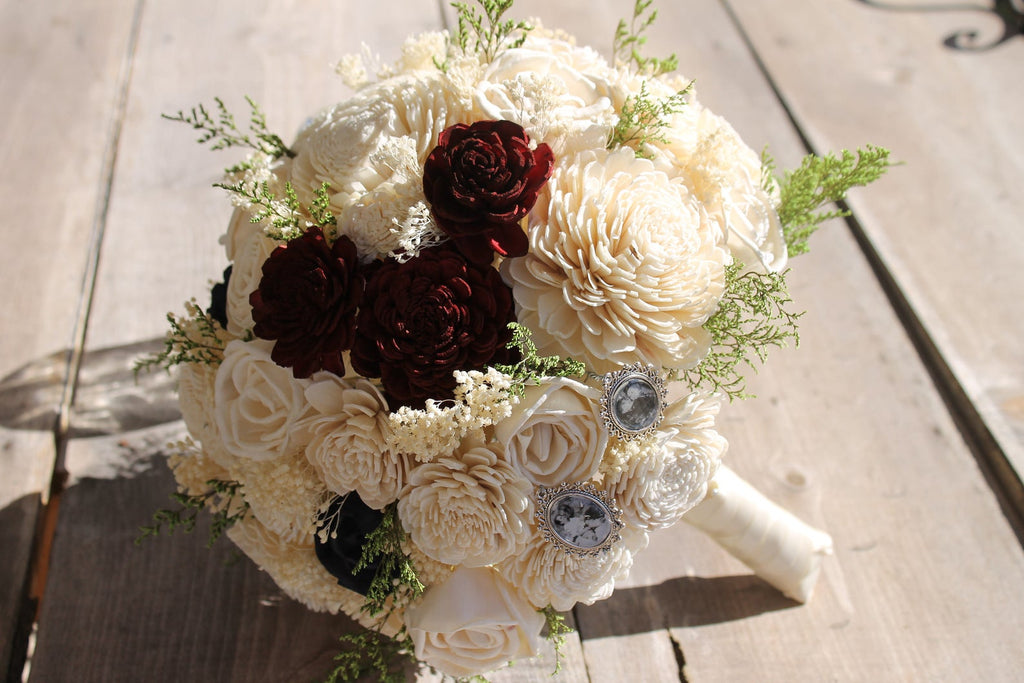 Hidden Mickey Sola Bouquet