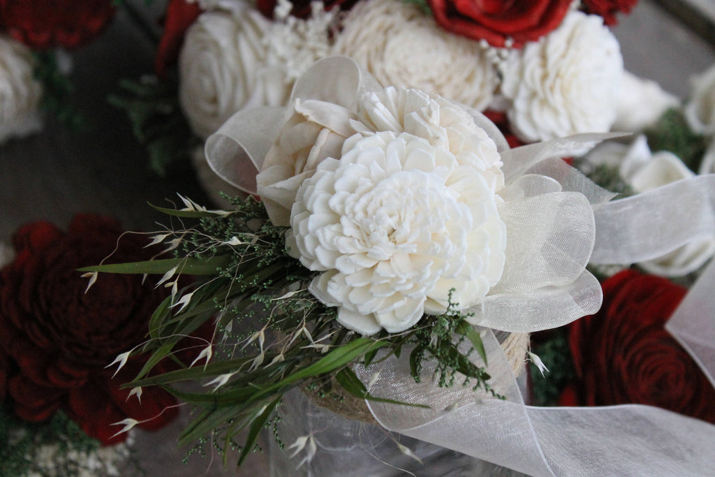 Eucalyptus Sola Corsage, Ivory & Champagne Flower Corsage, Eucalyptus Corsage, Wrist Corsage, Mother of the Bride, Mother of the Groom