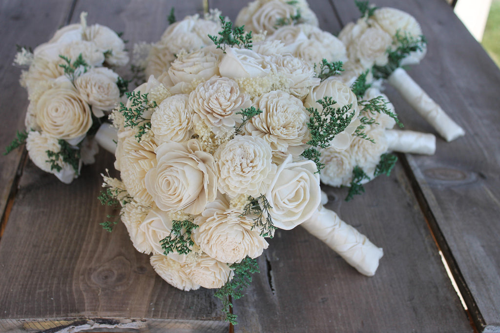 Ivory Sola Flower Bouquet, Cream Sola Flower Bouquet, Cream Sola Wood Bouquet, Rustic Wedding, Babies Breath Bouquet, Beach Wedding Bouquet