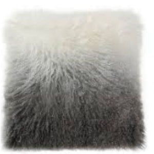 043-Pillow Lamb Fur - 13 Hub Lane - Moes Pillow