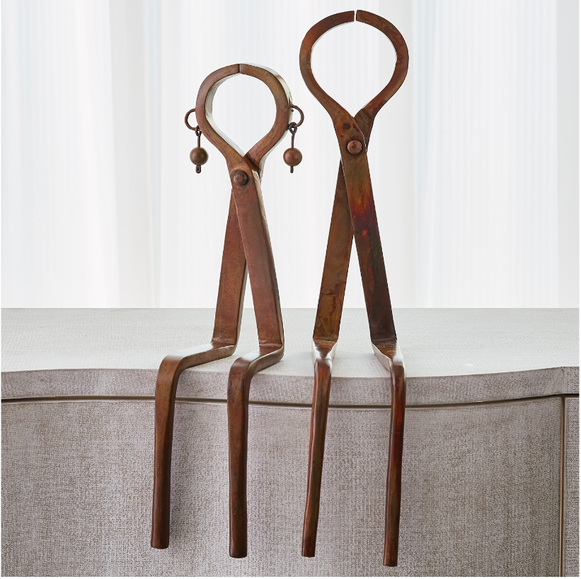 Iron Sitting Couple - 13 Hub Lane   |