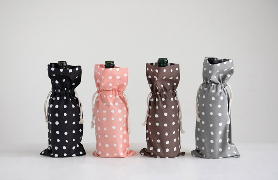 Woven Polka Dot Wine Bag - 13 Hub Lane   |