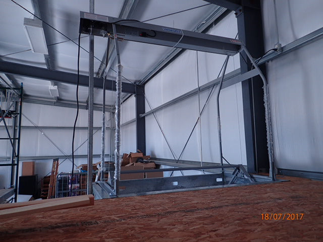 loft lift at mezzanine level