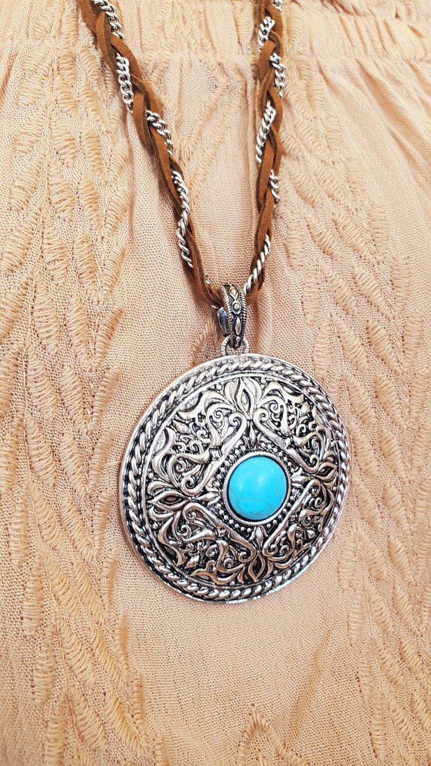 Round Pendant Long Necklace