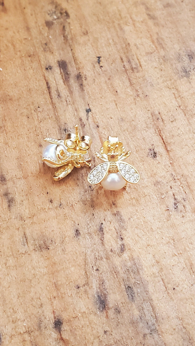 Bee Pearl Goldfield Earrings