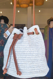 Whole Straw Shoulder Strap Tote Bag