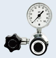 Load image into Gallery viewer, SGD 3401L Series Stainless Steel High Purity Line Regulator