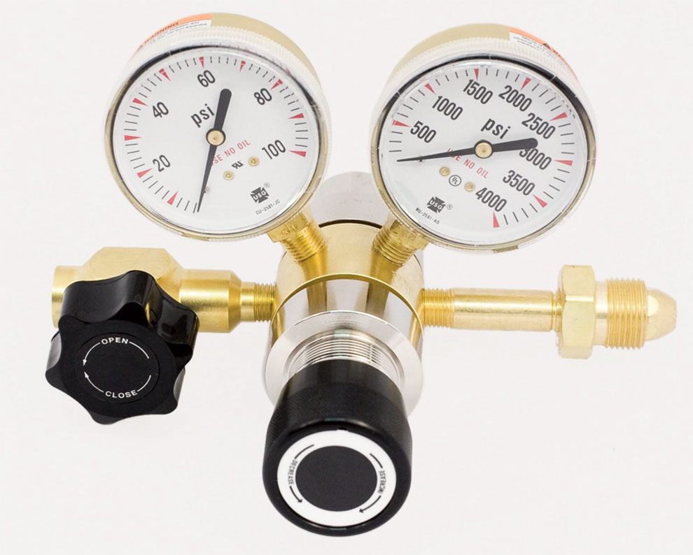 SGD 3200 Series Brass High Purity 2- Stage Regulator