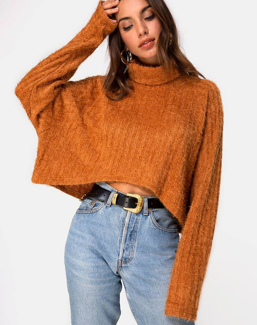 Evie Cropped Sweatshirt in Rust Knit by Motel