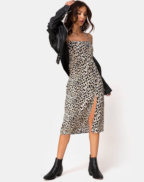 Kaoya Midi Dress in Cheetah by Motel