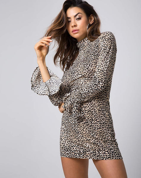 Katwin Bodycon Dress in Rar Leopard Brown by Motel