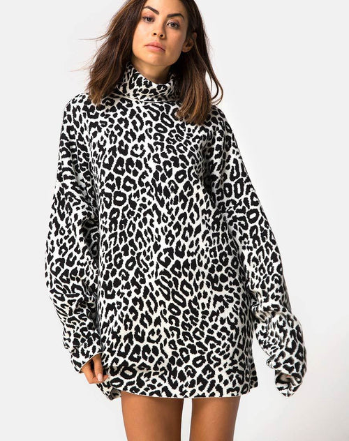 Neivie High Neck Jumper in Animal Knit By Motel