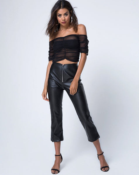 Osta Off The Shoulder Top in Black by Motel