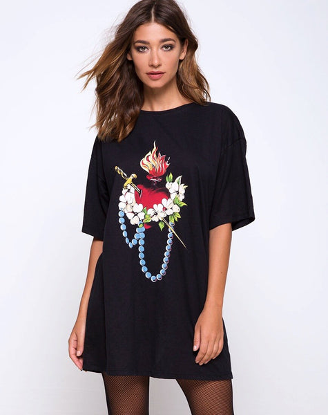 Sunny Kiss Oversize Tee in Sacred Heart by Motel