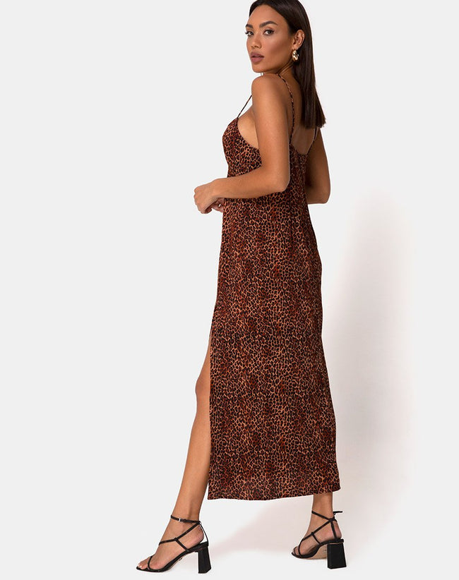 Rinda Maxi Dress in Crinkle Ditsy Leopard Orange by Motel