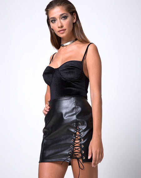 Ring Mini Skirt in Twill Black by Motel