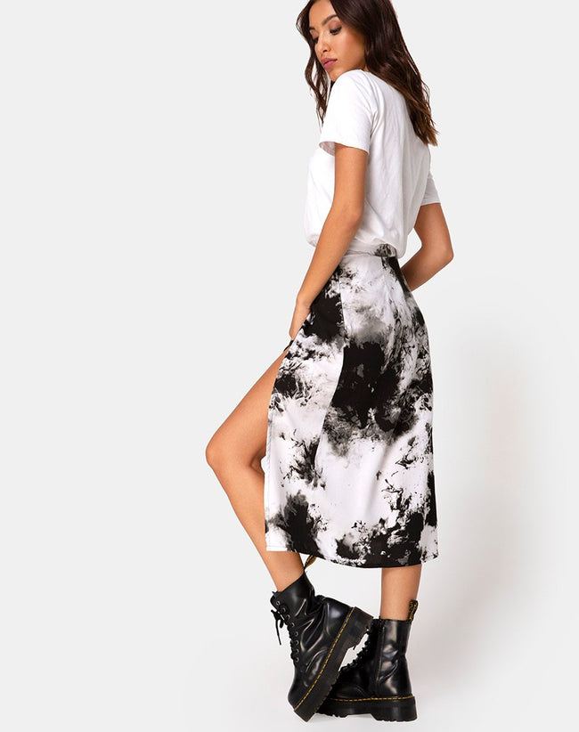 Saika Skirt in Mono Tie Dye Black and White by Motel