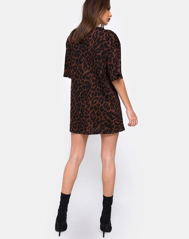 Sunny Kiss Oversize Tee in Oversize Jaguar Brown by Motel