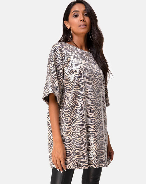Sunny Kiss Oversize Tee in Tiger Clear Sequin by Motel