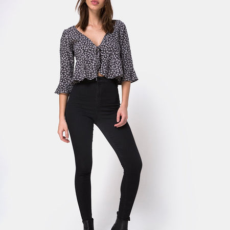 Vinequa Blouse in Ditsy Rose Black By Motel