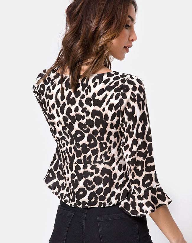 Vinequa Top in Oversize Jaguar by Motel