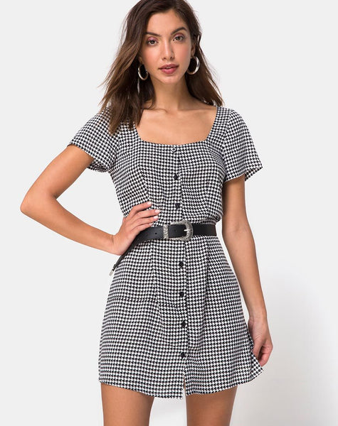 Zavacca Tea Dress in Small Dogtooth By Motel