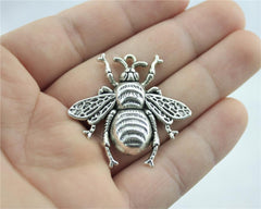 WYSIWYG 2pcs 40x38mm 2 Colors Antique Silver, Antique Bronze Plated Queen Bee Pendant Bumble Bee Pendants Queen Bee Charm