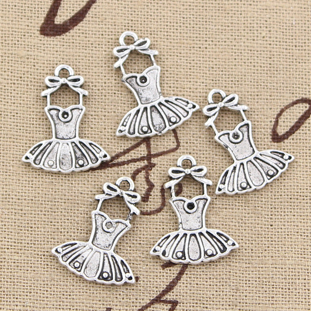 10pcs  20x16mm, Antique Skirt  Charm/ pendant