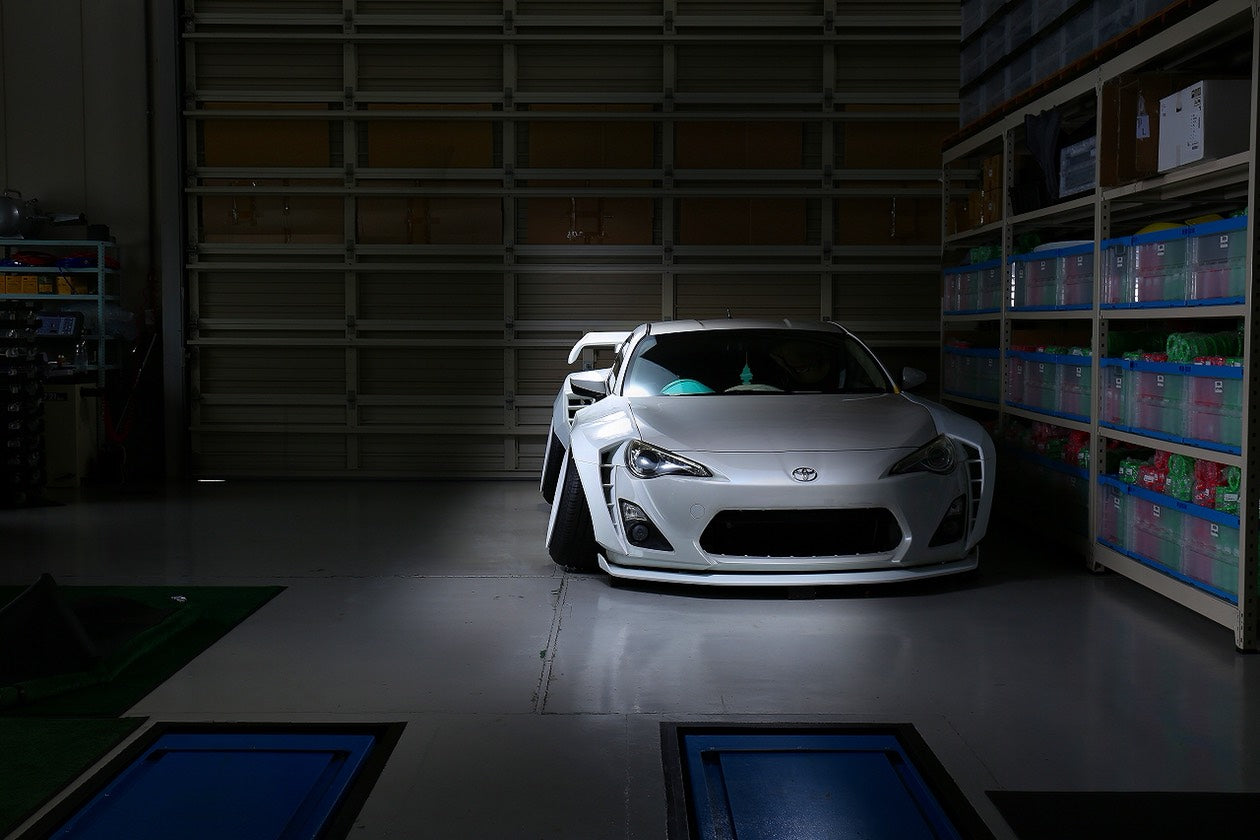 326POWER【がちゃバリWIDE】Toyota GT86 Widebody Conversion
