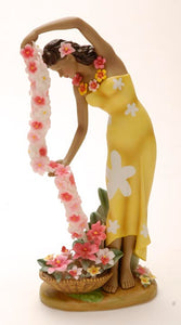 Cascading Lei Porcelain Statue - The Hawaii Store