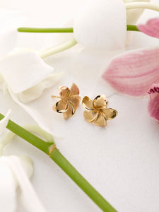 14K Gold Plumeria Earrings large - The Hawaii Store